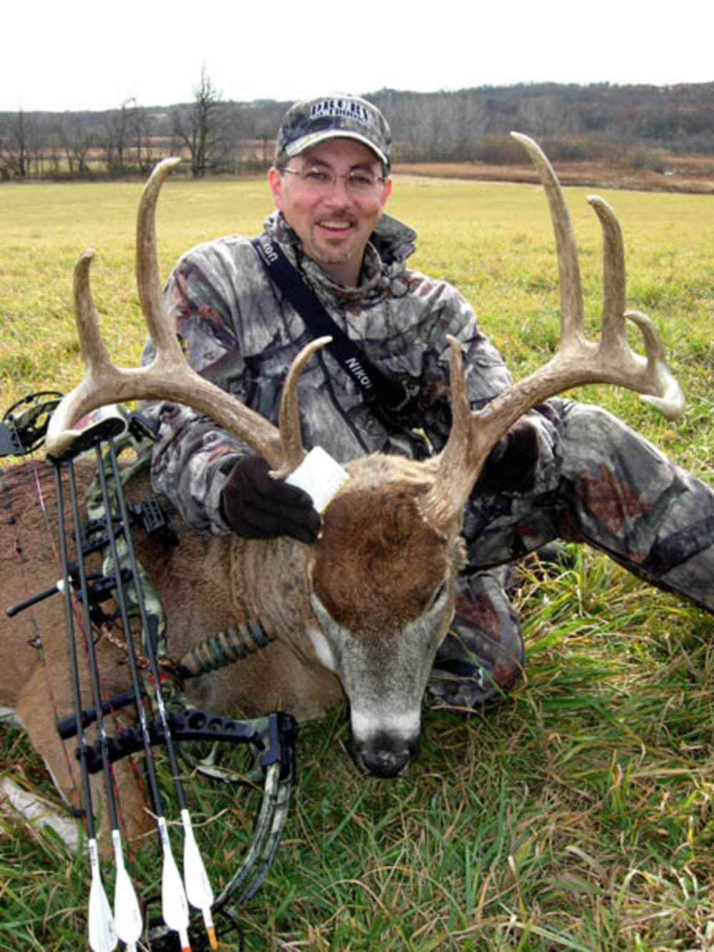 Mark drury s five tips for a better bow season for deer for Mad motors st cloud