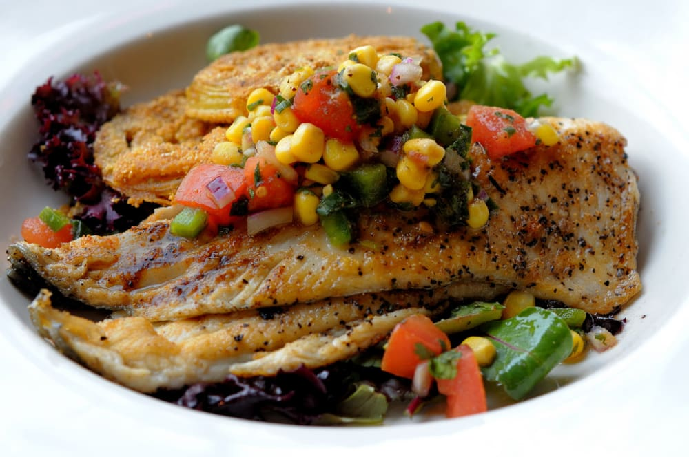 Study eating fish while pregnant could make your child for Eating fish while pregnant