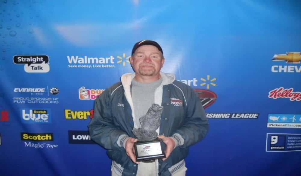Mcclellon wins walmart bass fishing league savannah river for Fishing license ga walmart