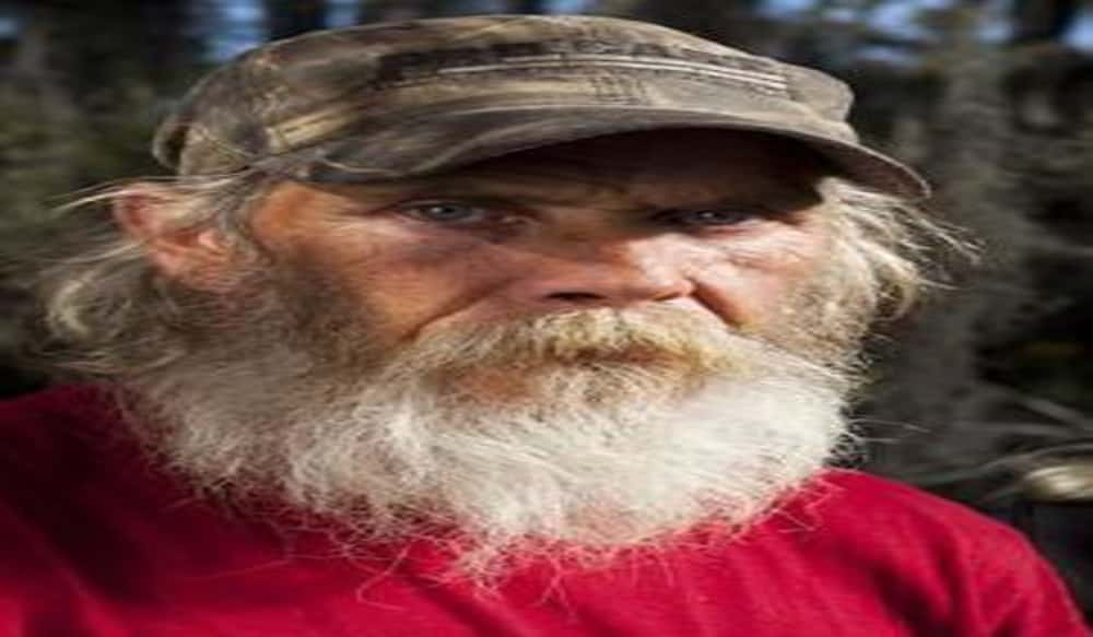 Swamp People Star Mitchell Guist Dies After Falling From Boat