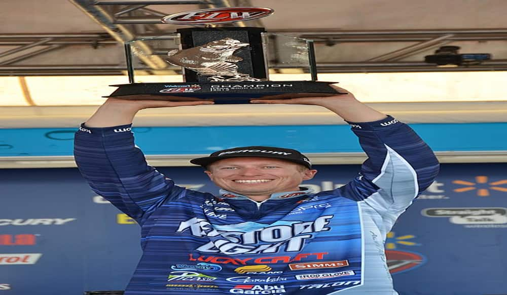 Ehrler leads wire to wire wins walmart flw tour on lewis for Fish wire walmart