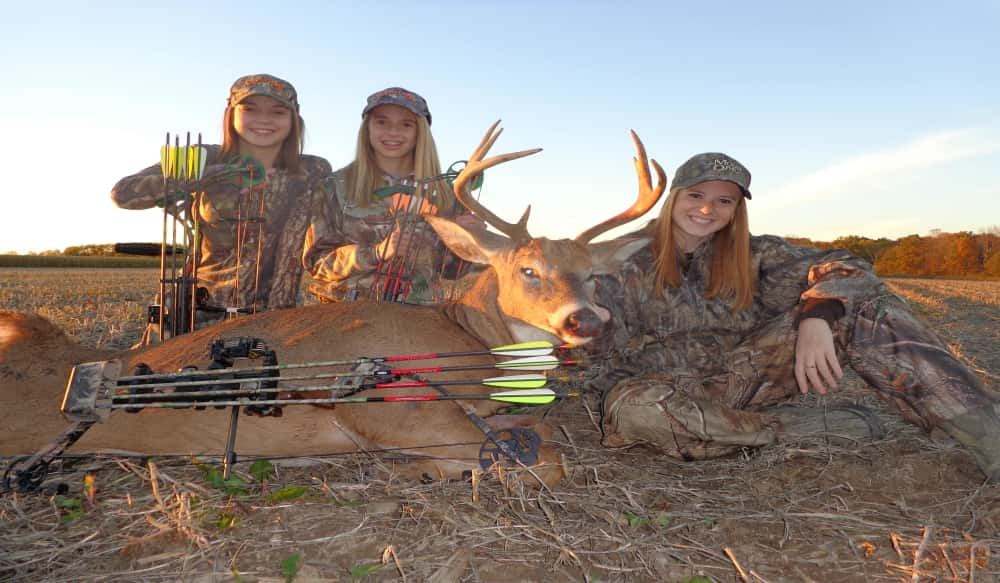8abcfc3f9846 Michigan Deer Bowhunting is for Girls