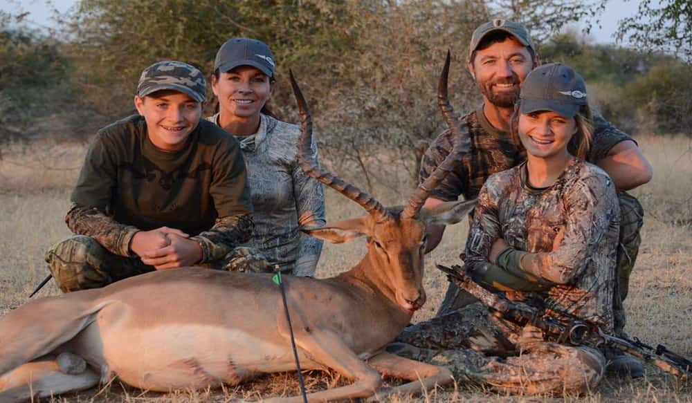 FLYING ARROW ARCHERY Signs Agreement With Tim Wells And Relentless Pursuit TV