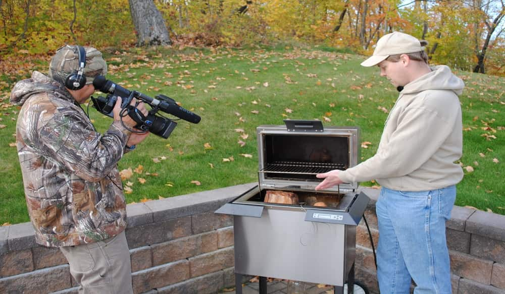 Dakota grills and fishing the midwest renew partnership for Fishing the midwest