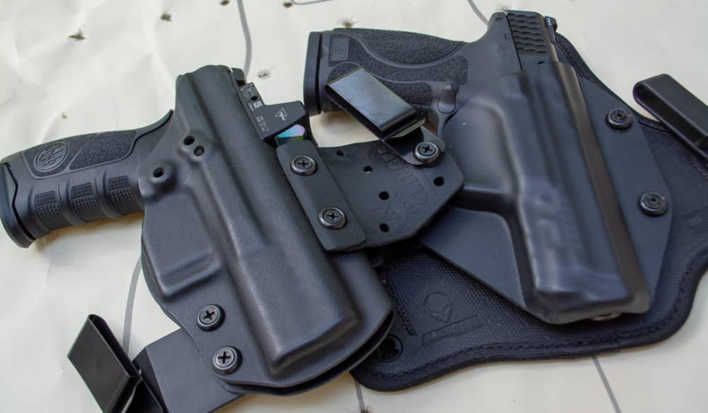 How To Carry A Full Size Handgun Even In The Summer Outdoorhub